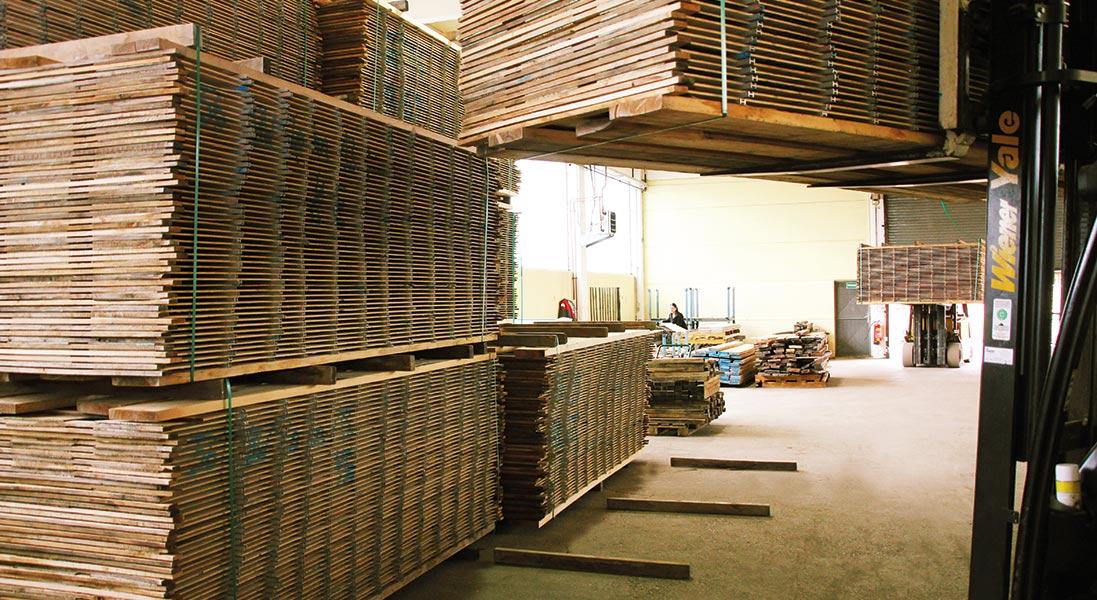 Transport_und_lagerung_massivholzplatten